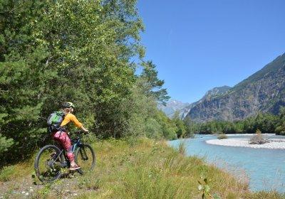 Met de e-bike rondom de vlakte van Bourg d'Oisans